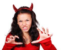 悪魔のクレジットカードにご用心